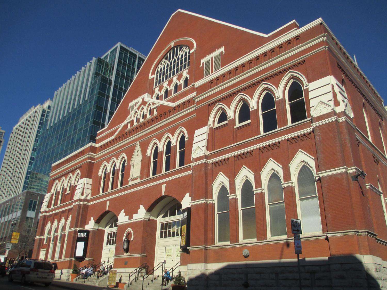 Red bricked exterior of Ryman Auditorium in Nashville