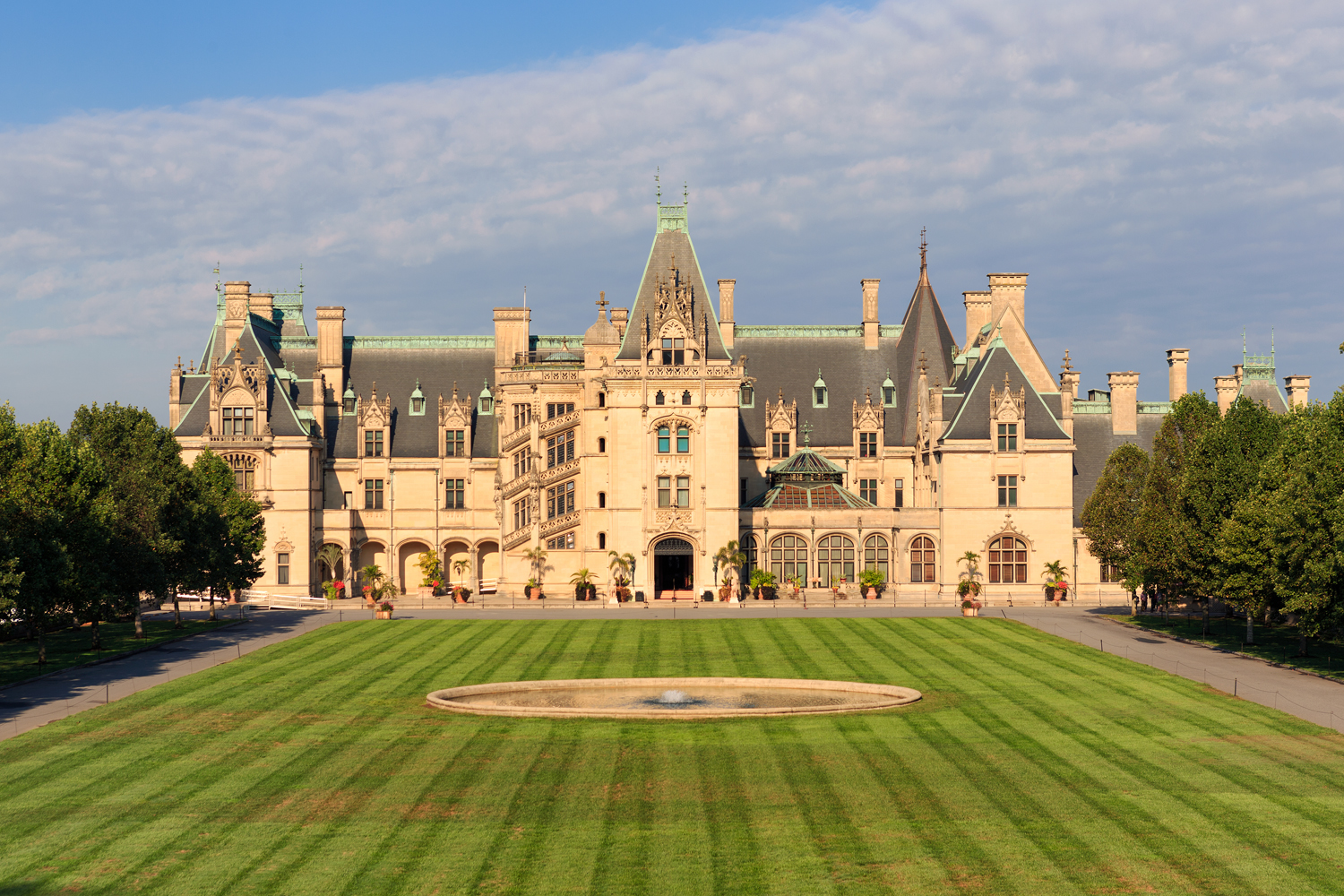 Panoramic view of the green grass of the Biltmore Estate located in Asheville, NC